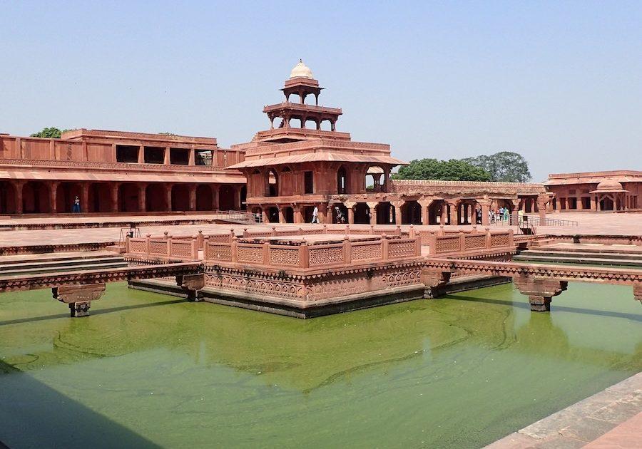 Fatehpur Sikri lake